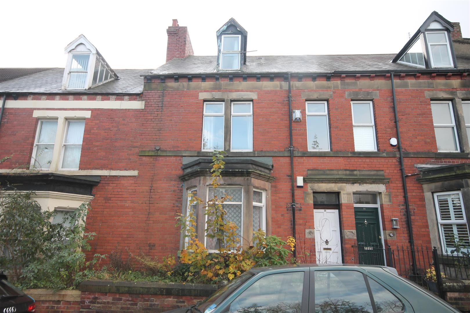 Churchill Gardens Newcastle Upon Tyne, 4 Bedrooms  House - mid terrace ,Sold (STC)